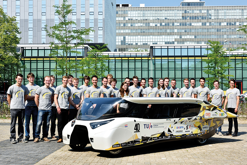 presentation Stella Lux for World Solar Challenge 2015, which the team won in the cruiser class (Photography Bart van Overbeeke for TU/e)